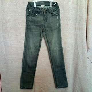 [PRELOVED] Zara gray jeans