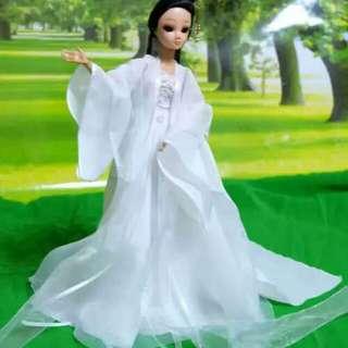 🚚 古裝娃衣芭比可兒心怡莉卡