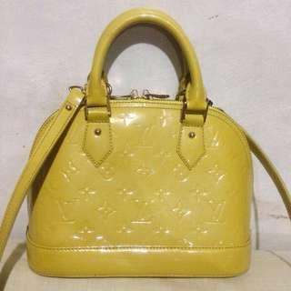 Louis Vuitton Vernis Alma BB Vert Impression 2way Bag