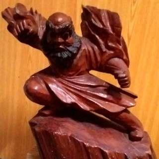 🚚 歡迎出價【達摩檜木雕品】高41長46cm