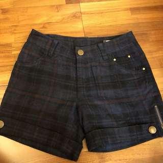 Gozo 格紋短褲 size: 2號