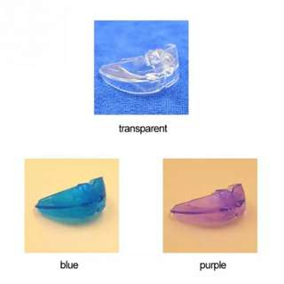 Orthodontic teeth retainer