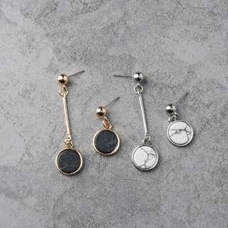 Marble Asymmetric Earrings - Black/White