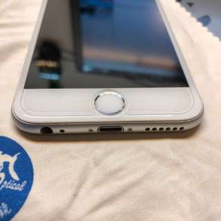 iPhone 6 128gb silver in good condition