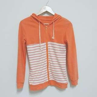 一件橘橘的外套