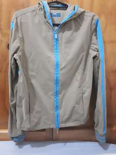 Jacket with double sided zipper