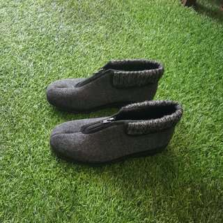 Imported Winter Shoe (Holland) ~40% discount
