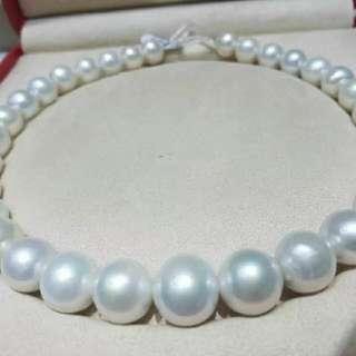 戴珍珠的女性多了一份優雅,不論什麼年紀,不管什麼職業,珍珠是女人最好的朋友😍😍😍 12-15mm正圓強光愛迪生珍珠項鍊,過年拜年送給媽媽婆婆、岳母、親朋,企業集團抽獎送禮,絕對拿得出手👍