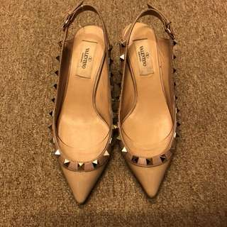 Valentino beige with gold studs high heel size 35