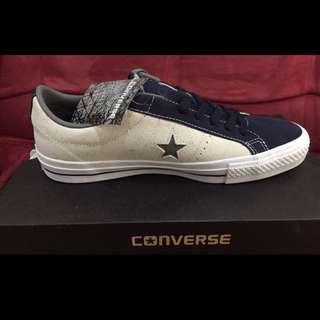 Converse Star Racer