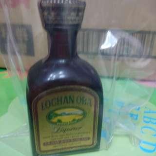 陳年芝華士威士忌酒辦一支。