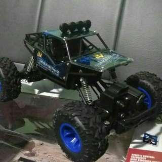 RC ROCK CRAWLER 4X4