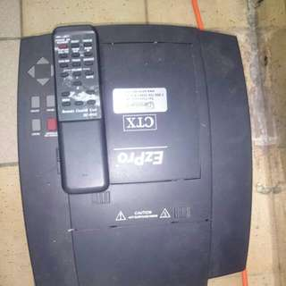 投影機Ctx 要更換燈泡