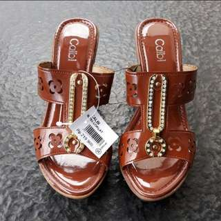 Wedges Calbi