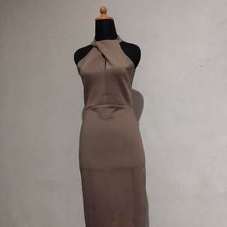 Dress Coklat (Slimfit)