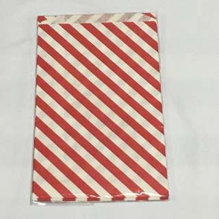 30% OFF GREAT CNY SALE {Stationary - Gift Bag} BN DAISO Brand Red Paper Bag GIFT BAG