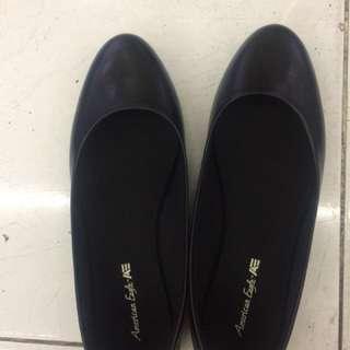 American Angle Black Flat Shoes