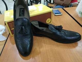 Jual sepatu casual kulit murah - nego sampe jadi