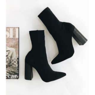 Brand New Pointed Toe Thick Heel Black Boots