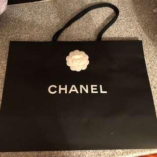 Chanel大紙袋超級新淨