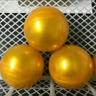 🚚 黃金扭蛋球