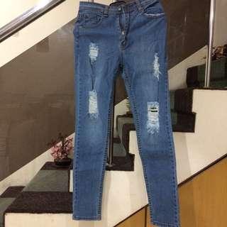 Ripped BodyShape Jeans