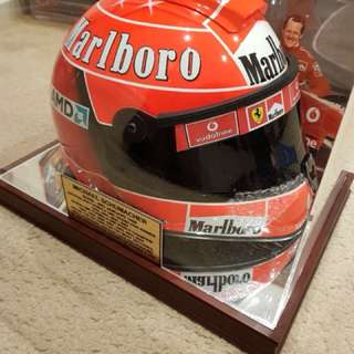 V8 super cars helmet