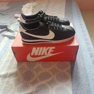 Nike cortez (classic leather)
