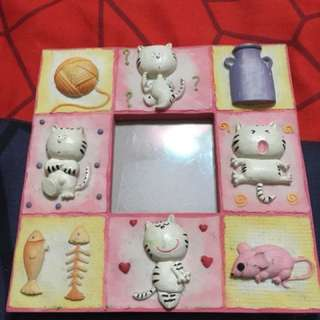 Kucing picture frame