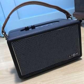 Atom Retro Bluetooth Speaker