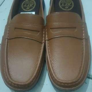 Sepatu sendal karet dewasa