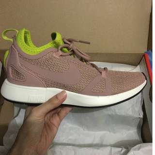 Women's Nike Duel Racer (salmon pink) AUTHENTIC‼️