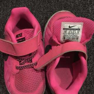 Nike Pink 7c - baby shoes