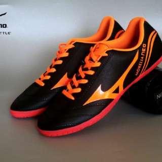 Sepatu Mizuno sepatu futsal