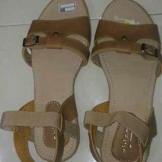 Sepatu Santai Semi Formal Coklat
