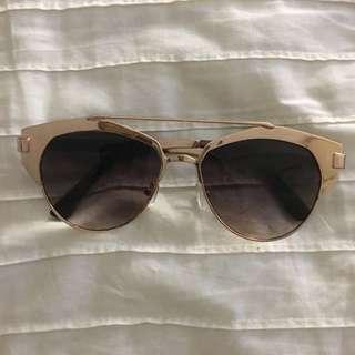 Rose Gold Sunglasses 😎