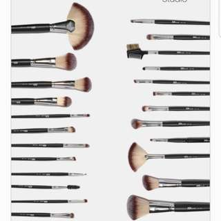 BN 24 PC ESSENTIAL MAKE UP BRUSH SET