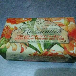 Tis Gratis Italy Soap Sabun Import Wangi Made In Italy Nesti Dante Free Item