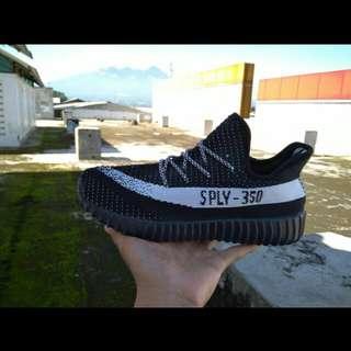 Sepatu Adidas Yezzi SPLY premium