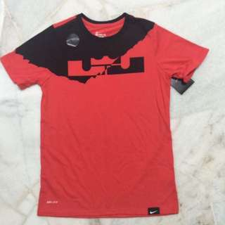 Nike Boys Dri-Fit Tee (Size Boys M)