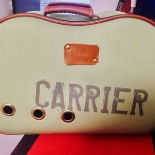 Pet  carrier / dog carrier / solid dog bag very comfortable for your pet ❤️