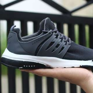 Sepatu Nike presto slipon man