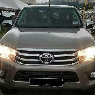 Toyota Hilux sambung bayar