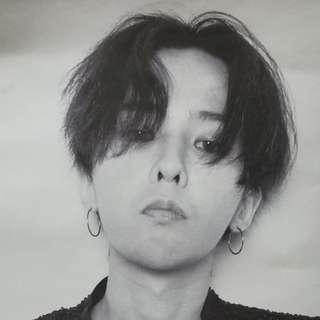 G-Dragon 海報