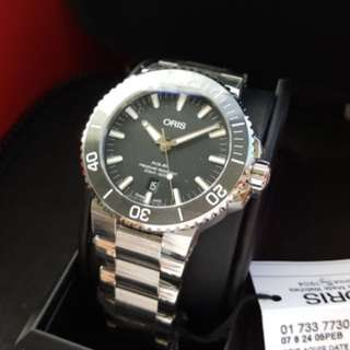 ORIGINAL BNIB ORIS BLACK AQUIS DIVER CERAMIC BEZEL AUTOMATIC 43MM