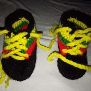 KNITTED RASTA SHOES