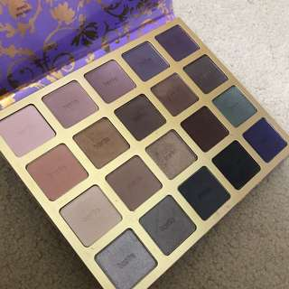 TARTE Holiday edition eyeshadow palette