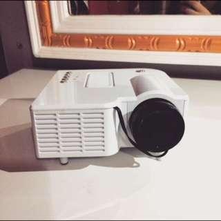 LED Mini Entertainment Projector