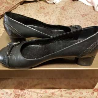 Gucci 皮鞋 購自歐洲