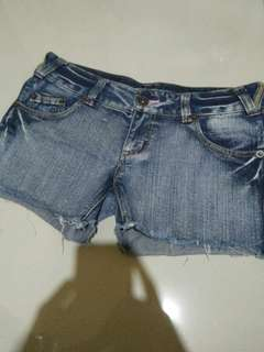 hot jeanss